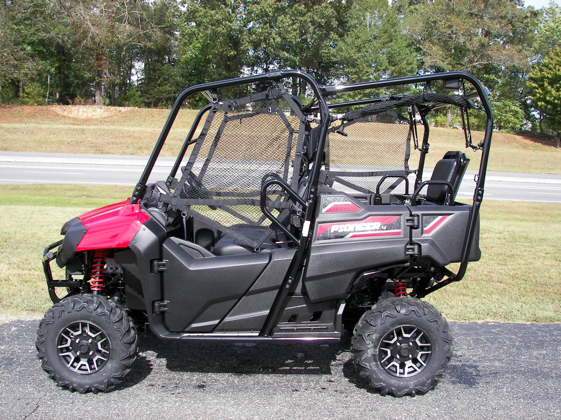 2020 Honda Pioneer 700-4 Deluxe in Shelby, North Carolina - Photo 2