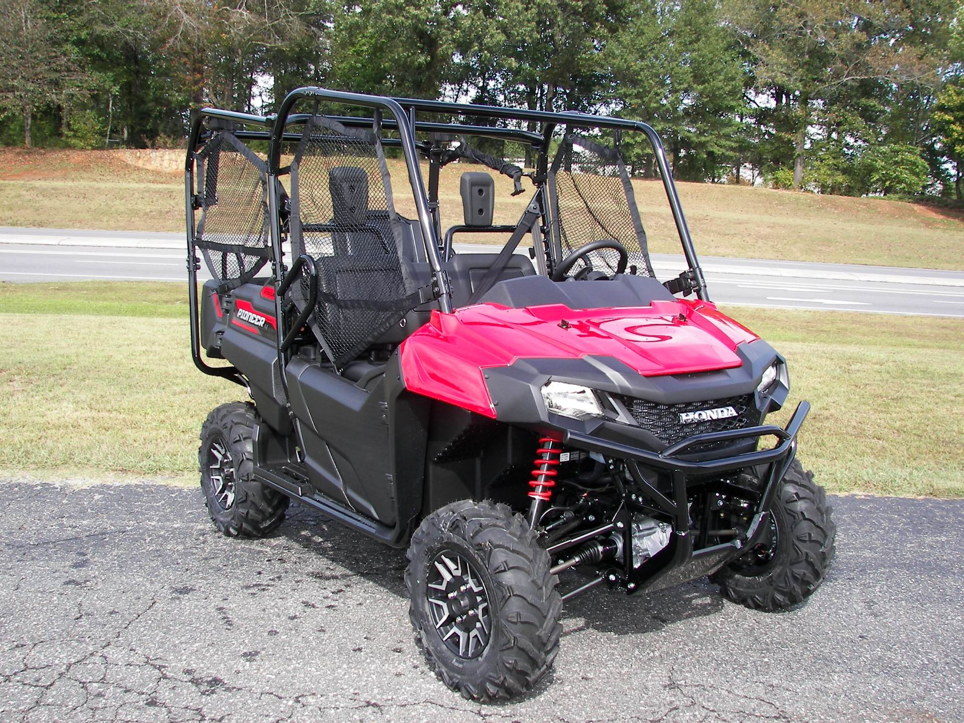 2020 Honda Pioneer 700-4 Deluxe in Shelby, North Carolina - Photo 5