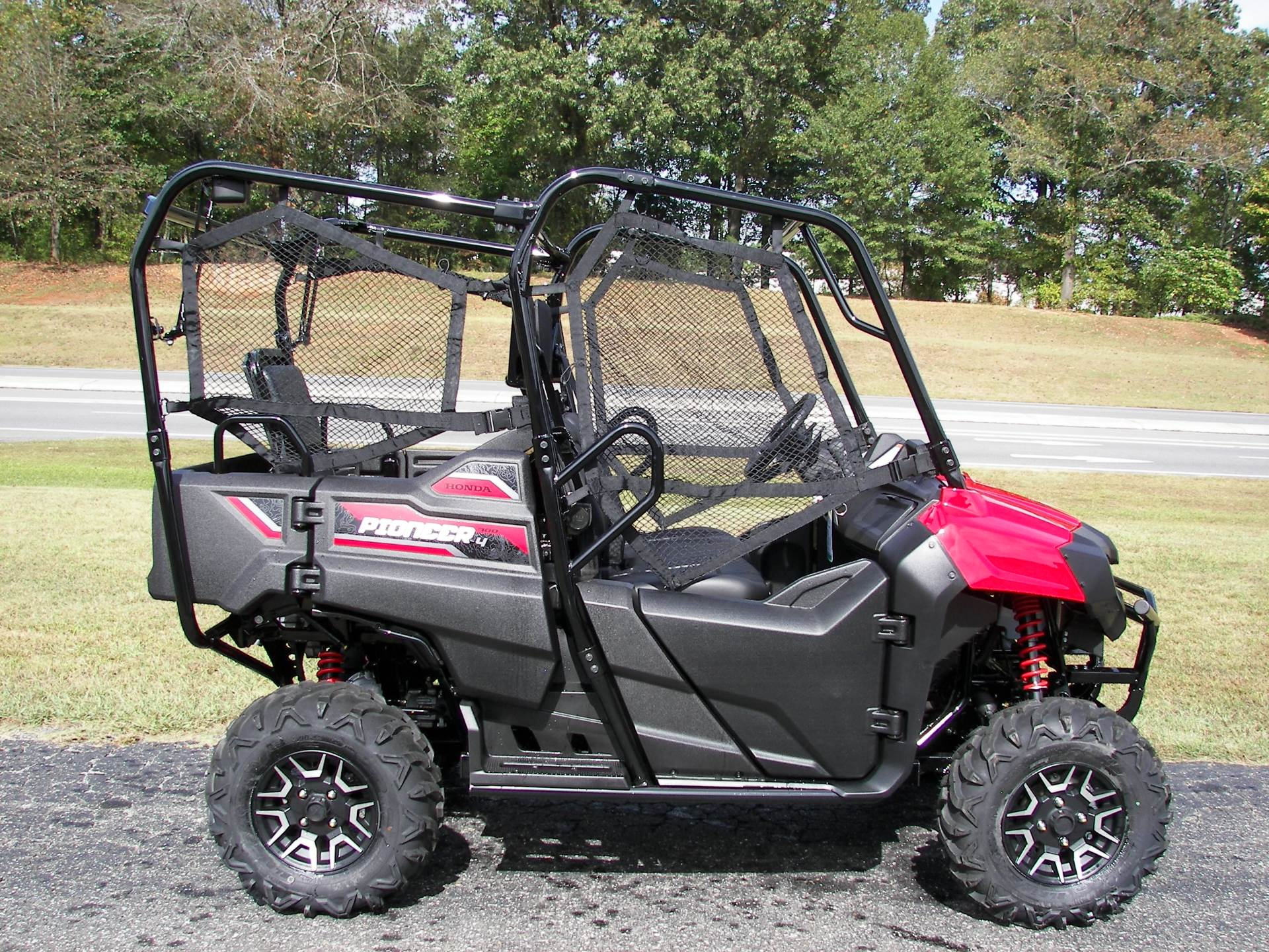 2020 Honda Pioneer 700-4 Deluxe in Shelby, North Carolina - Photo 4