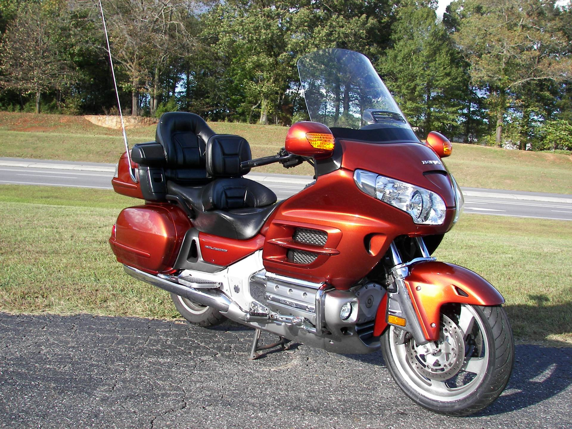 2007 Honda Gold Wing® Premium Audio in Shelby, North Carolina - Photo 3