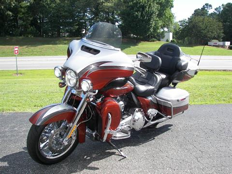 2014 Harley-Davidson CVO™ Limited in Shelby, North Carolina - Photo 4