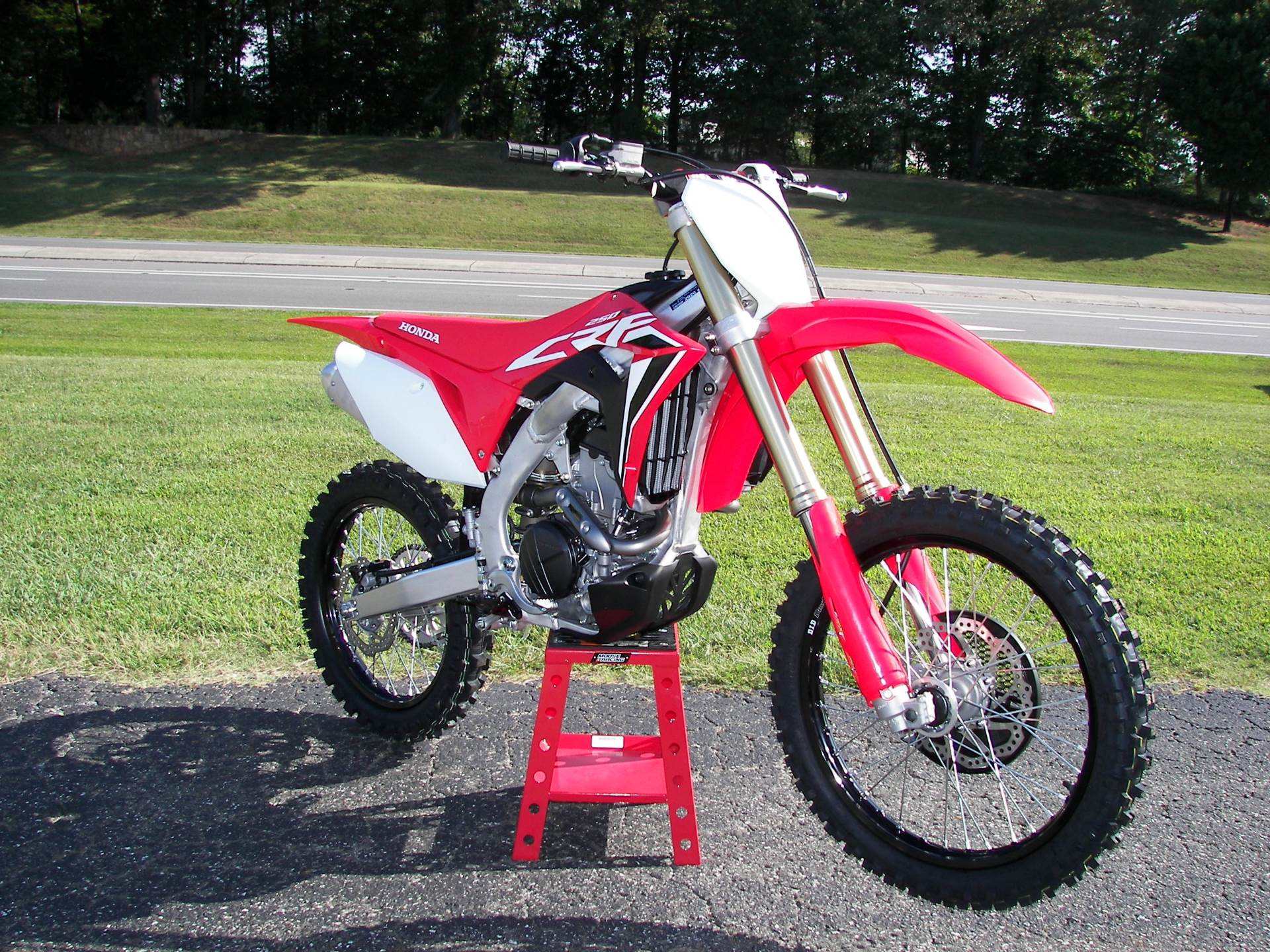 2020 Honda CRF250R in Shelby, North Carolina - Photo 3