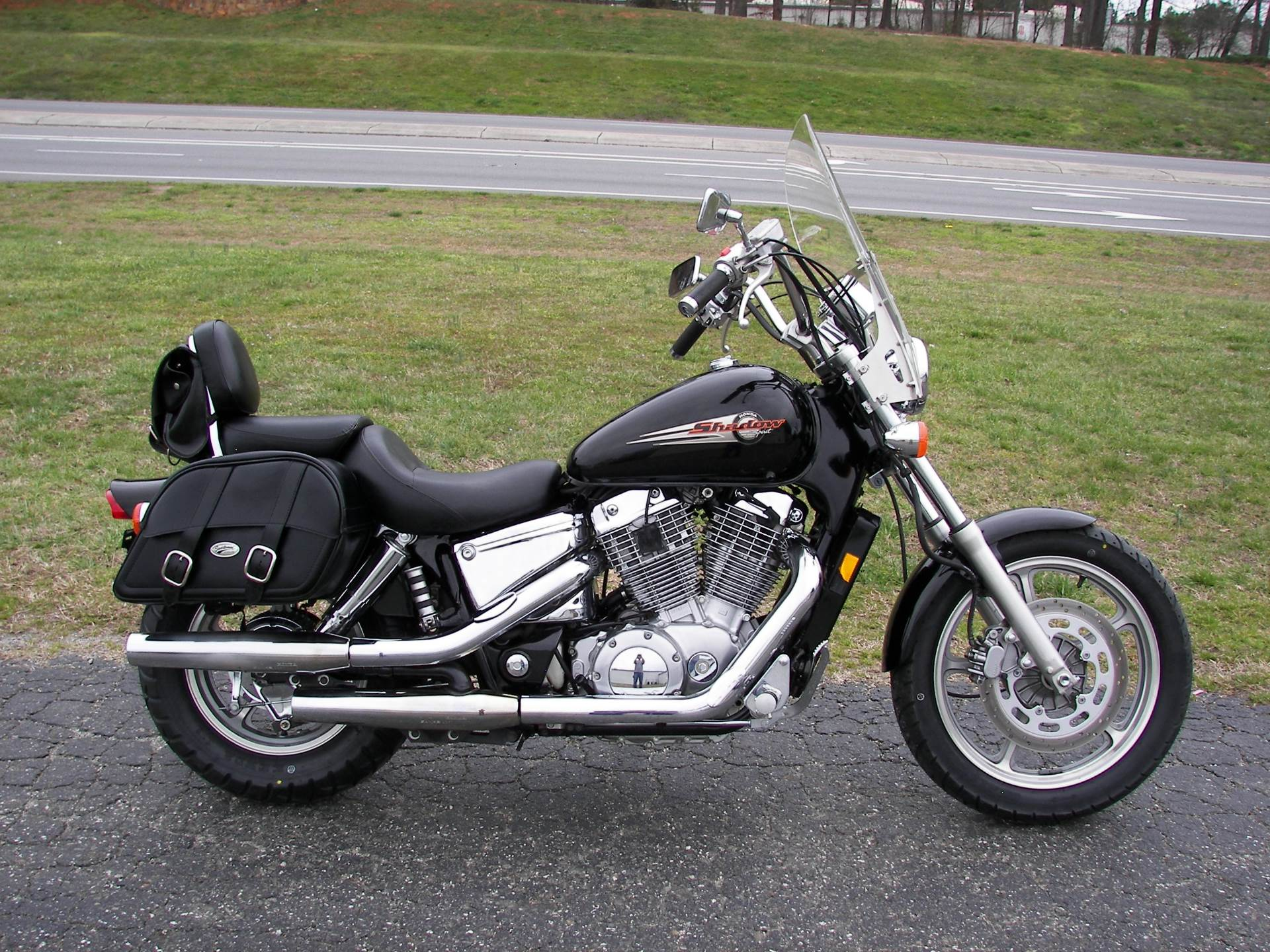 1999 Honda Shadow Spirit in Shelby, North Carolina - Photo 1