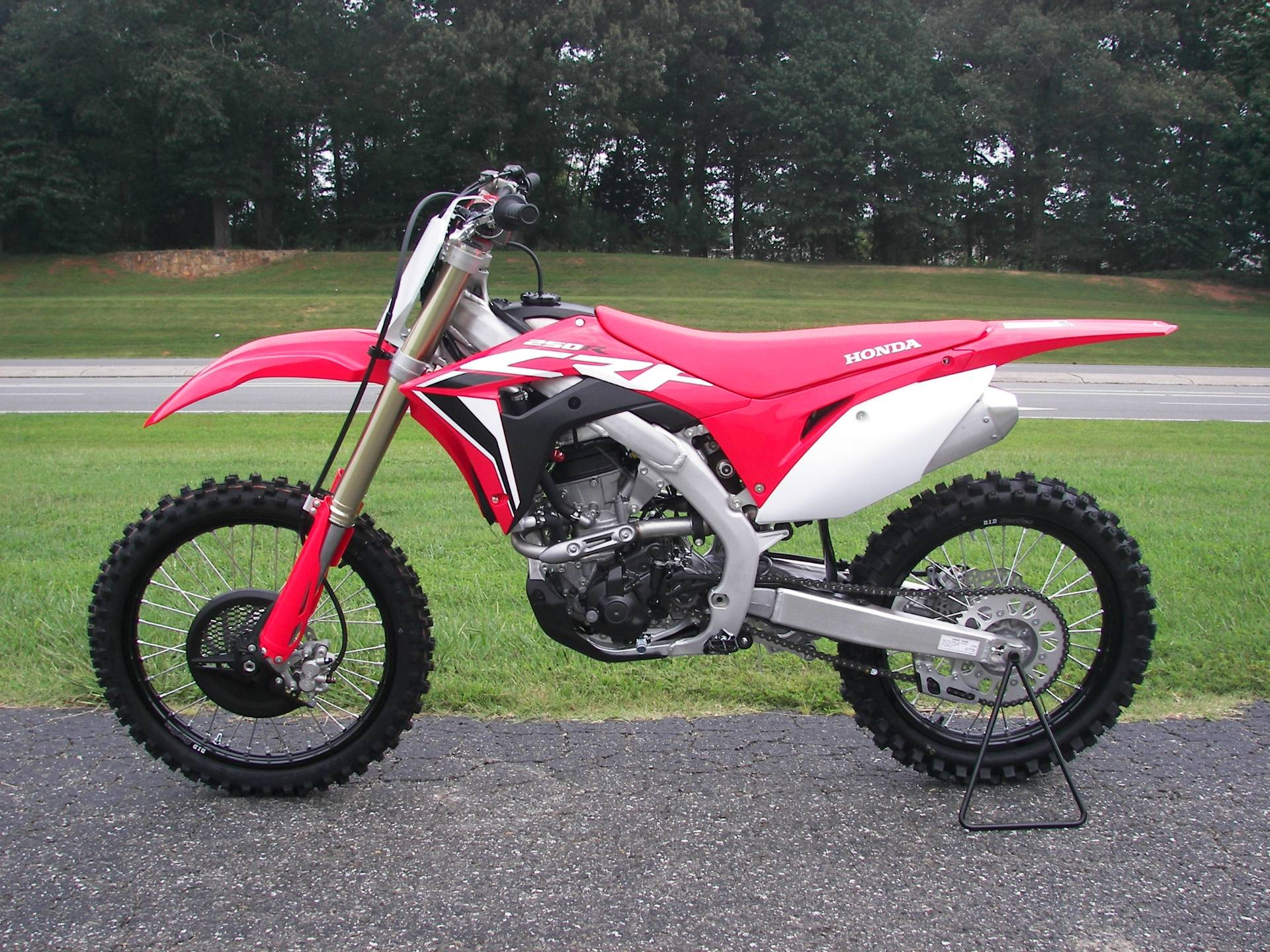 2021 Honda CRF250R in Shelby, North Carolina - Photo 2