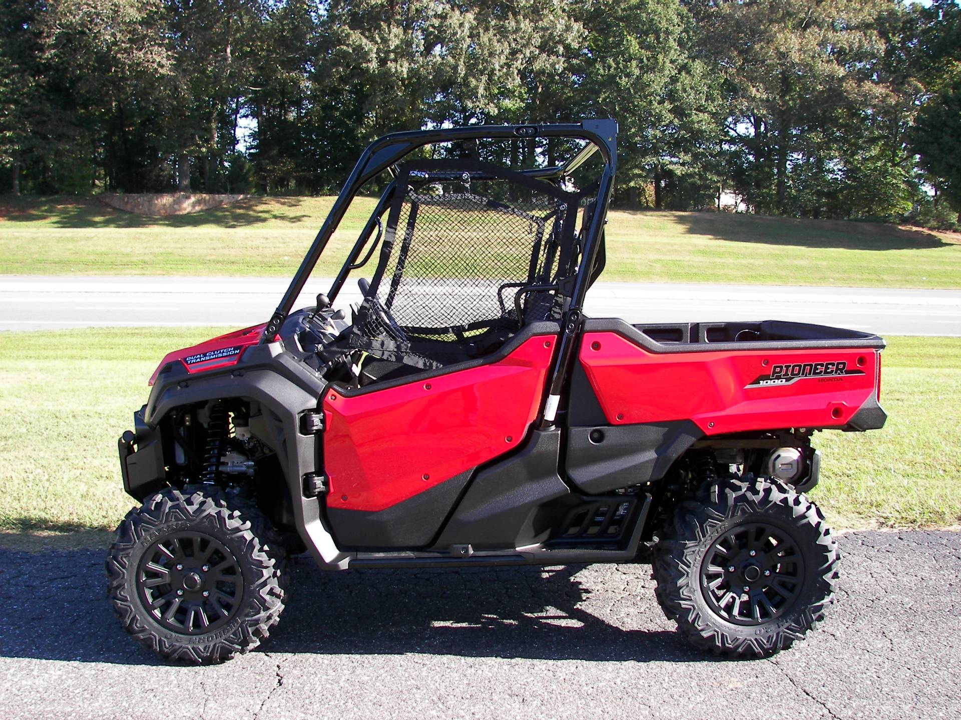 2021 Honda Pioneer 1000 Deluxe in Shelby, North Carolina - Photo 1