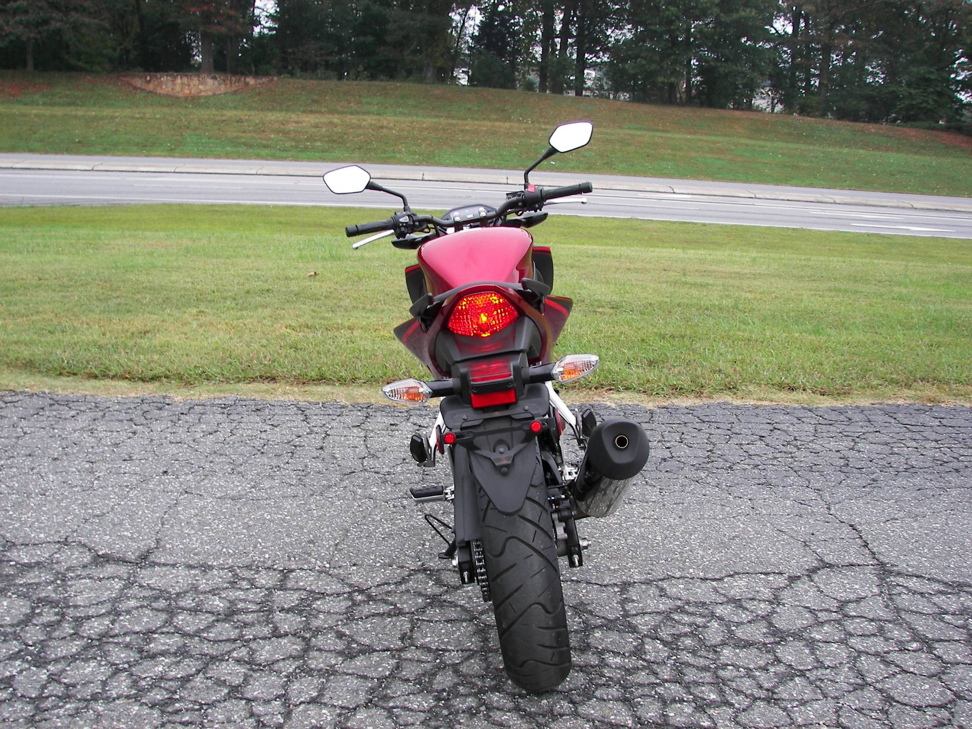 2018 Honda CB300F in Shelby, North Carolina - Photo 6