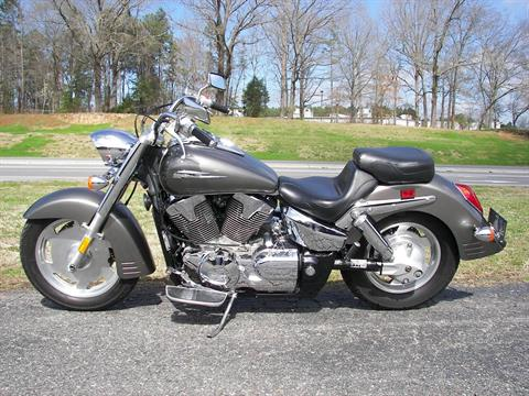 2007 Honda VTX™1300R in Shelby, North Carolina - Photo 2