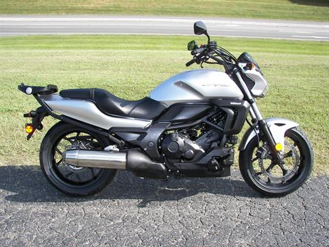 2016 Honda CTX700N in Shelby, North Carolina - Photo 2