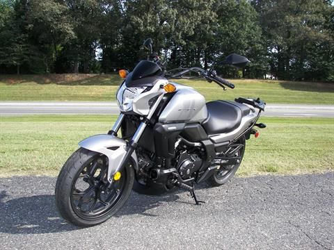 2016 Honda CTX700N in Shelby, North Carolina - Photo 6