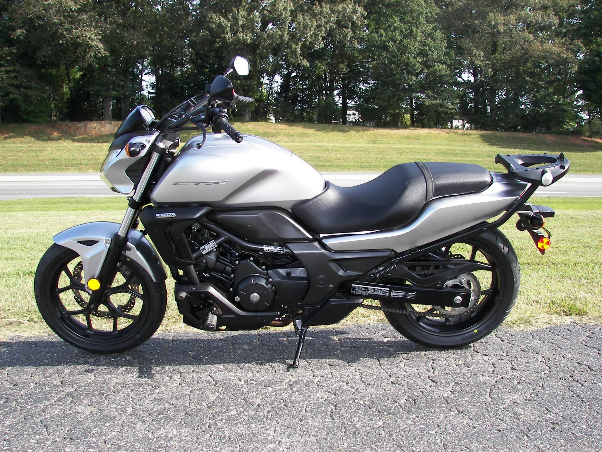 2016 Honda CTX700N in Shelby, North Carolina - Photo 4
