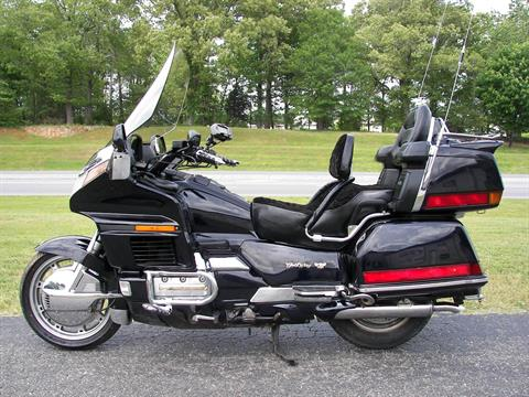 1997 Honda GL1500SE in Shelby, North Carolina - Photo 2