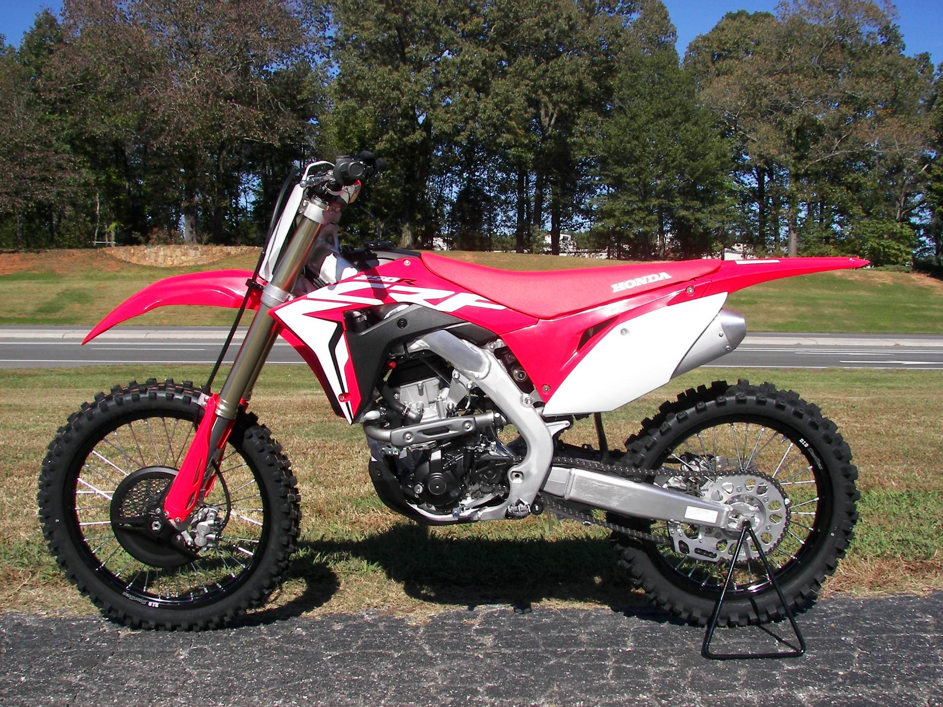 2019 Honda CRF250R in Shelby, North Carolina - Photo 2