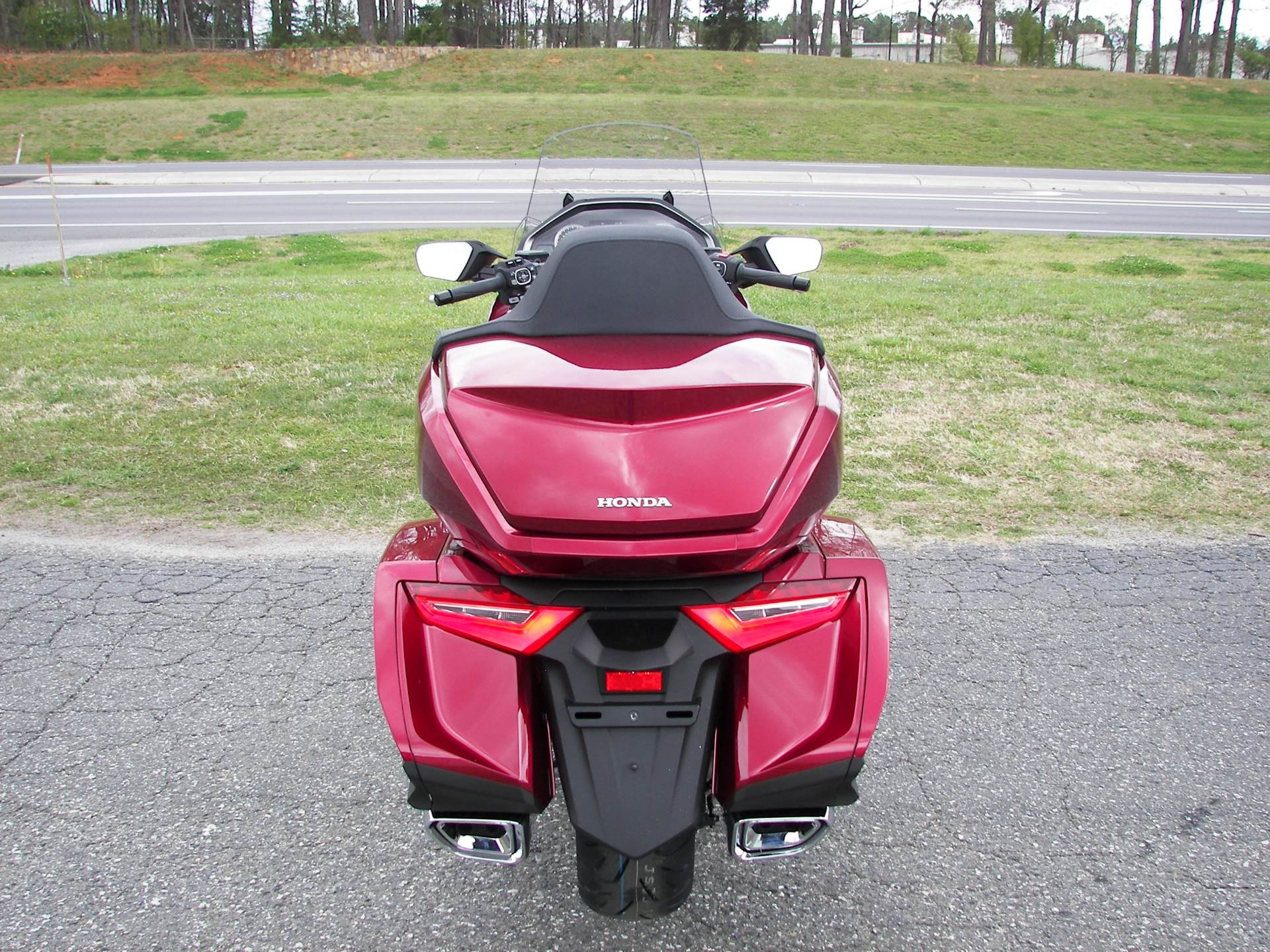 2018 Honda Gold Wing Tour in Shelby, North Carolina - Photo 6