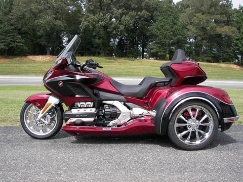 2020 Honda Gold Wing Tour Automatic DCT in Shelby, North Carolina - Photo 2