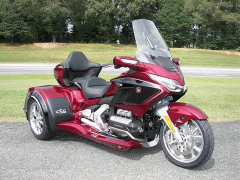 2020 Honda Gold Wing Tour Automatic DCT in Shelby, North Carolina - Photo 3