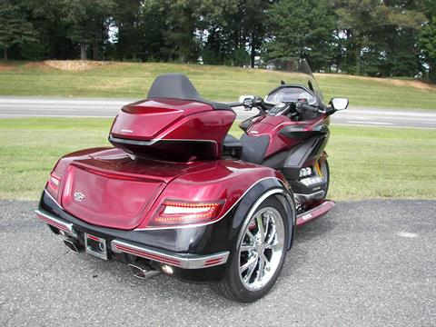 2020 Honda Gold Wing Tour Automatic DCT in Shelby, North Carolina - Photo 8