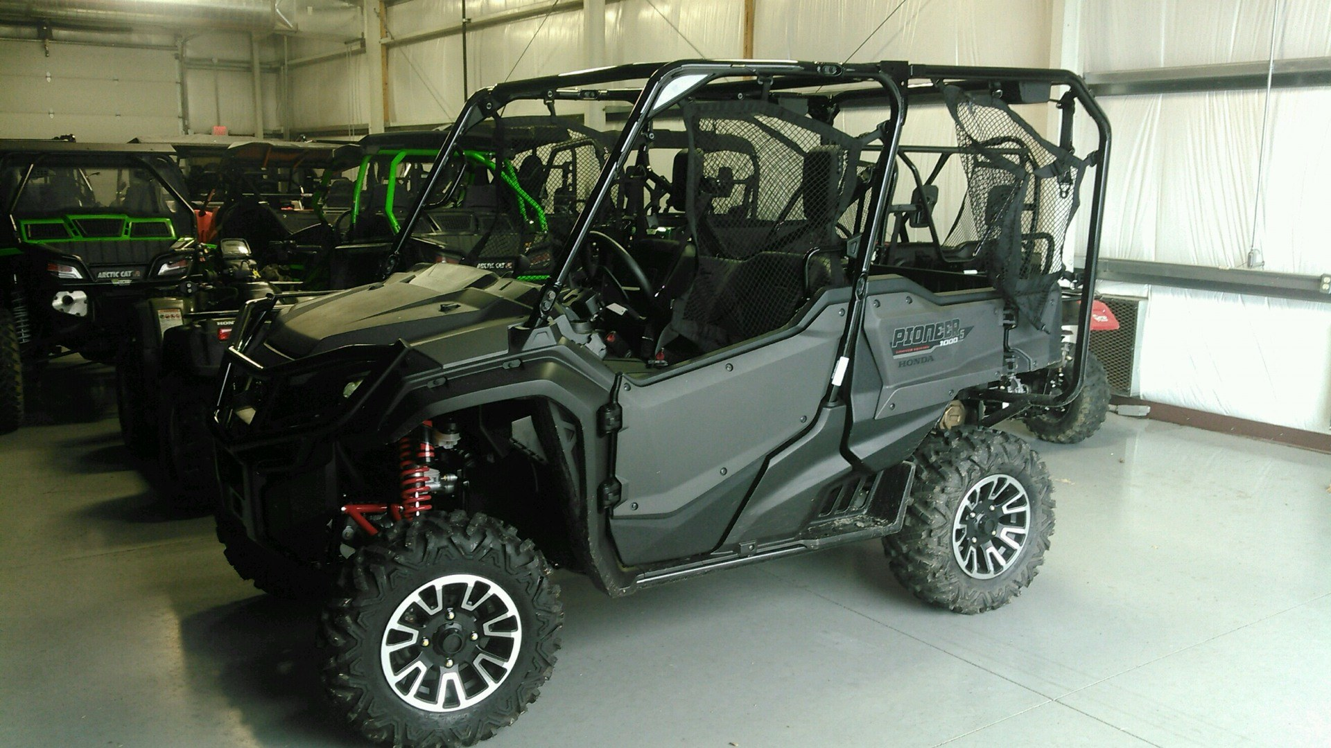 2018 Honda Pioneer 1000-5 LE in Harrisburg, Illinois