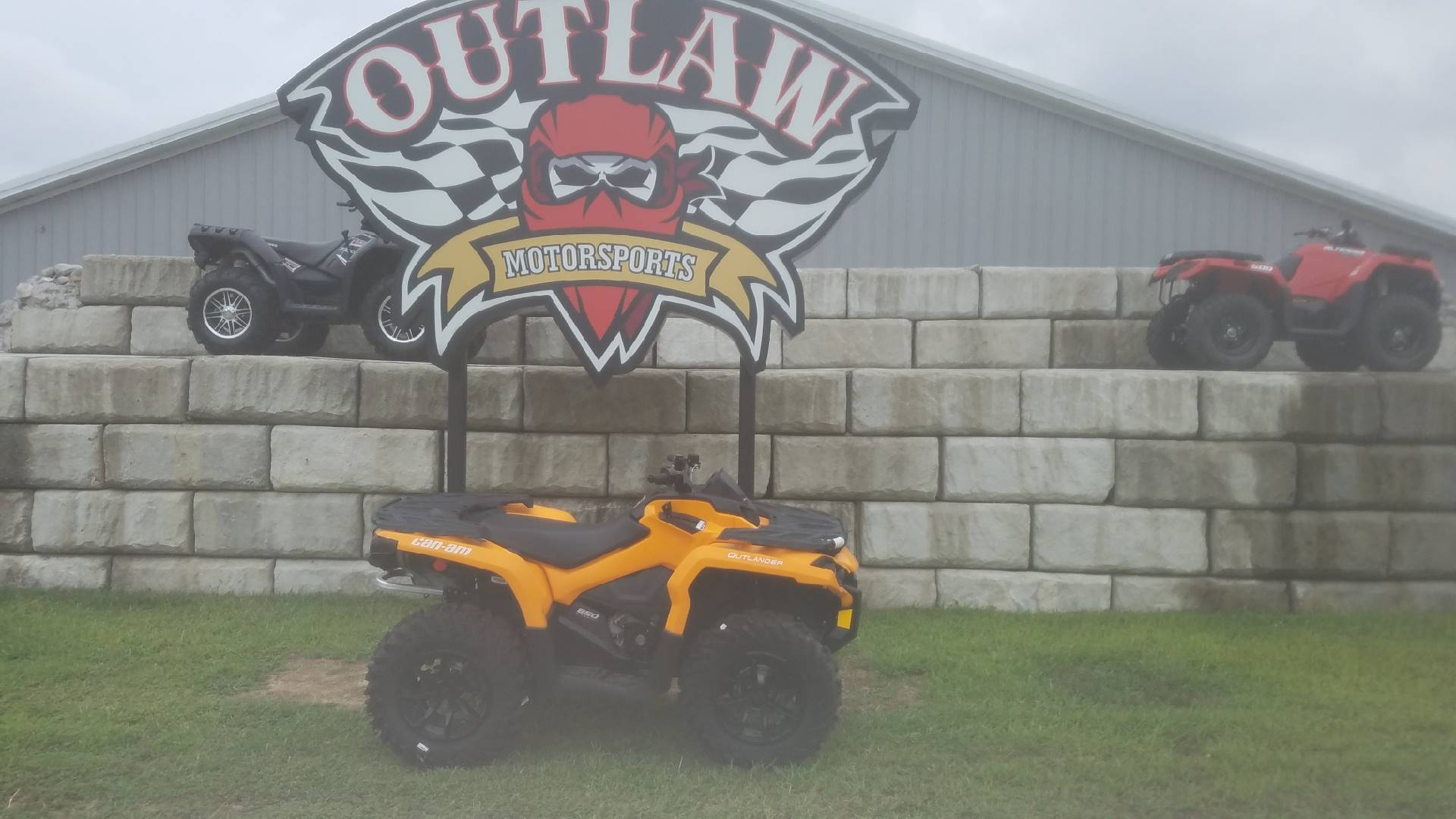 2018 CAN-AM OUTLANDER DPS 850 in Harrisburg, Illinois