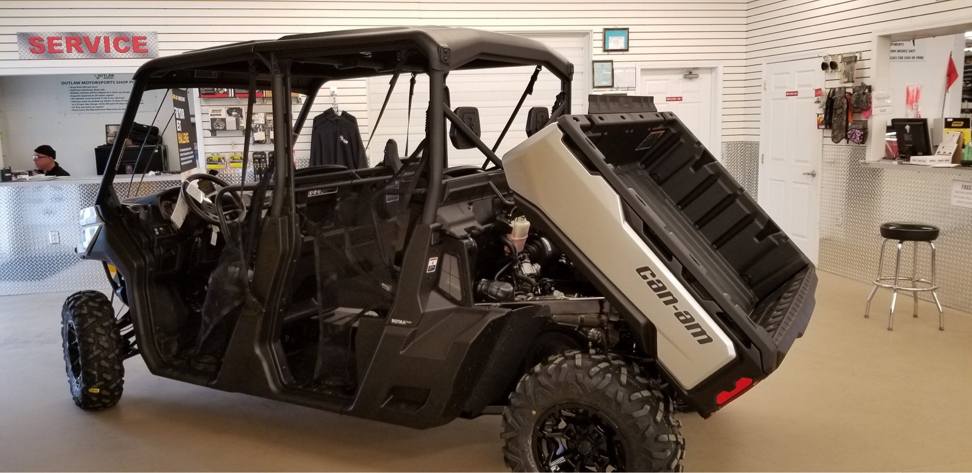 2019 Can-Am Defender MAX XT HD10 in Harrisburg, Illinois