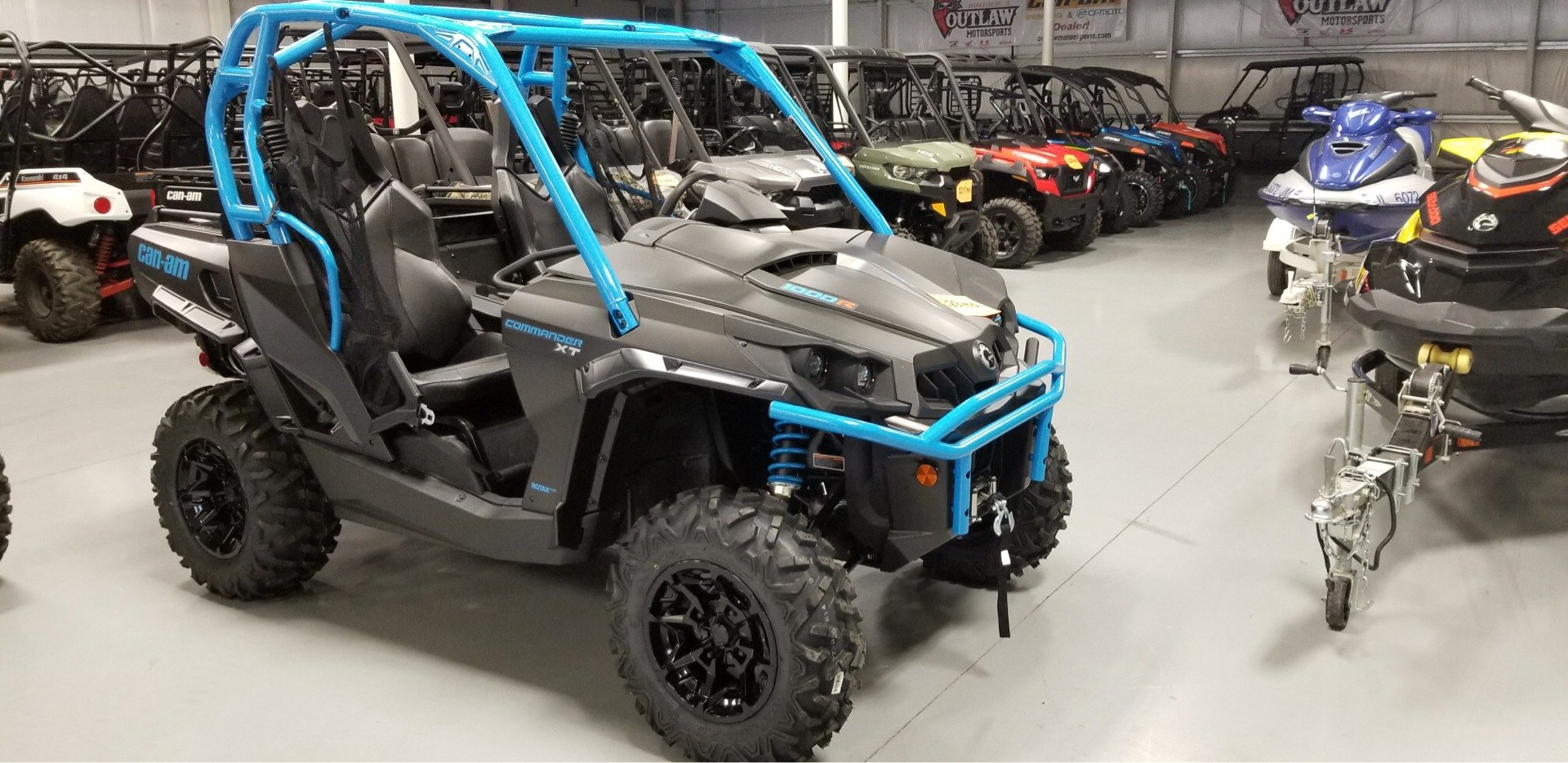 2019 Can-Am Commander XT 1000R in Harrisburg, Illinois