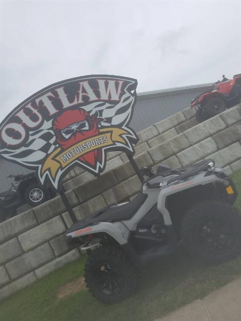 2017 CAN-AM OULTANDER DPS850 in Harrisburg, Illinois