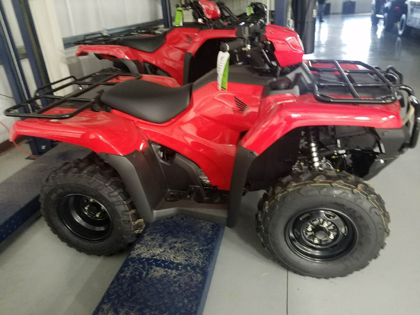 2017 Honda FourTrax Foreman 4x4 ES EPS in Harrisburg, Illinois