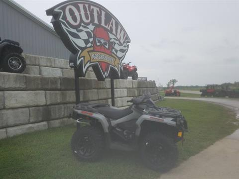 2017 CAN-AM OUTLANDER XT 1000R in Harrisburg, Illinois