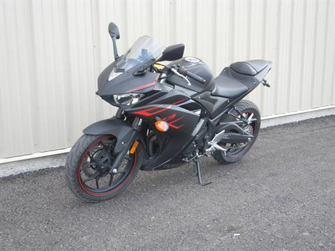 2017 Yamaha YZF-R3 in Bridgeport, West Virginia