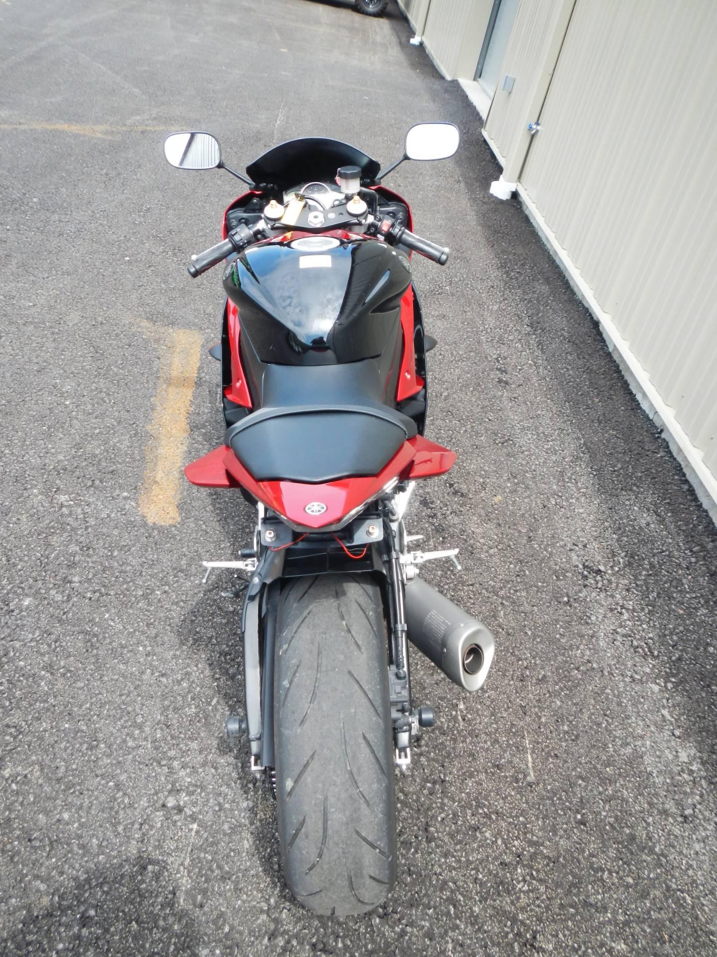 2011 Yamaha YZF-R6 8