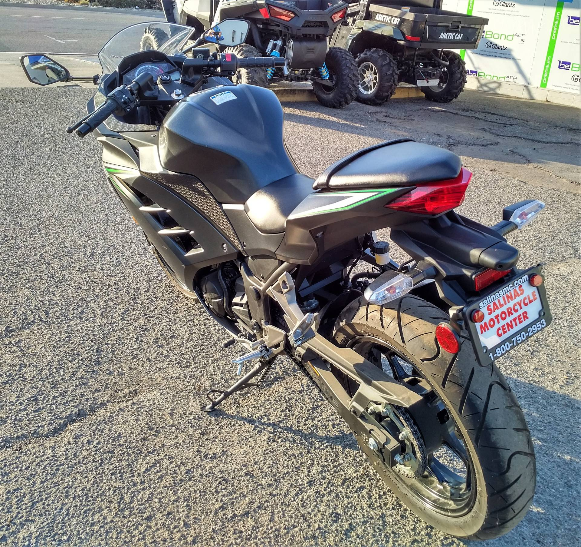 2016 Kawasaki Ninja 300 in Salinas, California - Photo 8