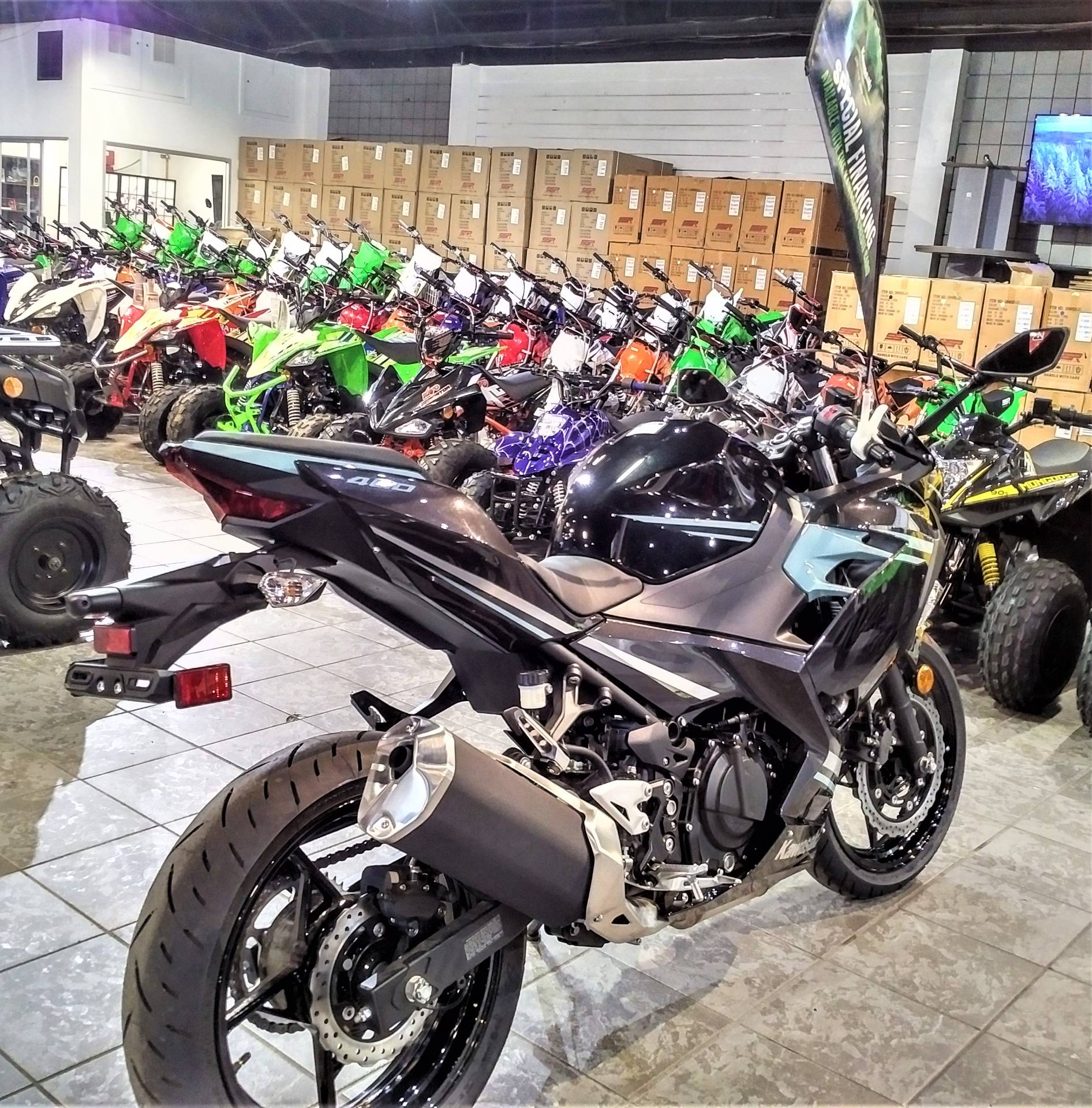 2020 Kawasaki Ninja 400 in Salinas, California - Photo 7