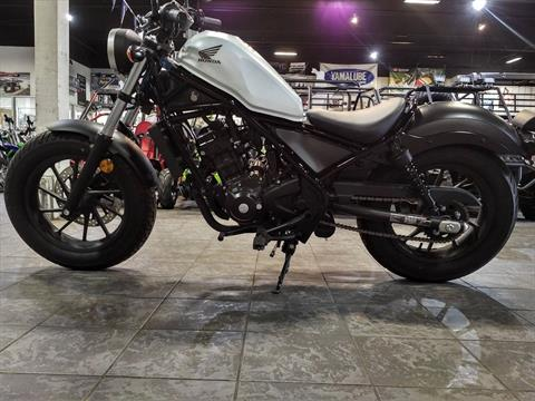 2017 Honda Rebel 300 in Salinas, California - Photo 3