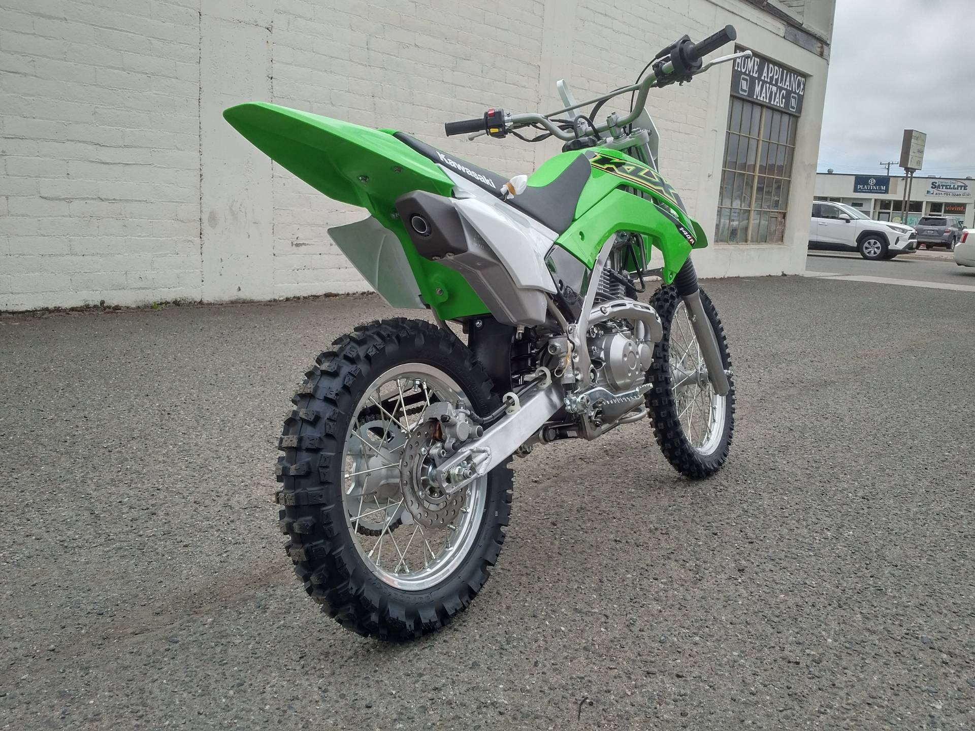 2021 Kawasaki KLX 140R in Salinas, California - Photo 9