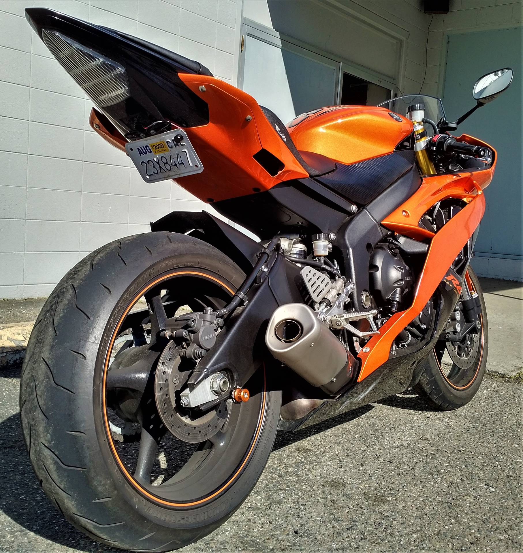 2009 Yamaha YZF-R6 in Salinas, California - Photo 9