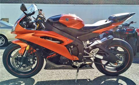 2009 Yamaha YZF-R6 in Salinas, California - Photo 3