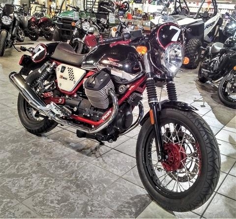 2014 Moto Guzzi V7 Racer in Salinas, California - Photo 4