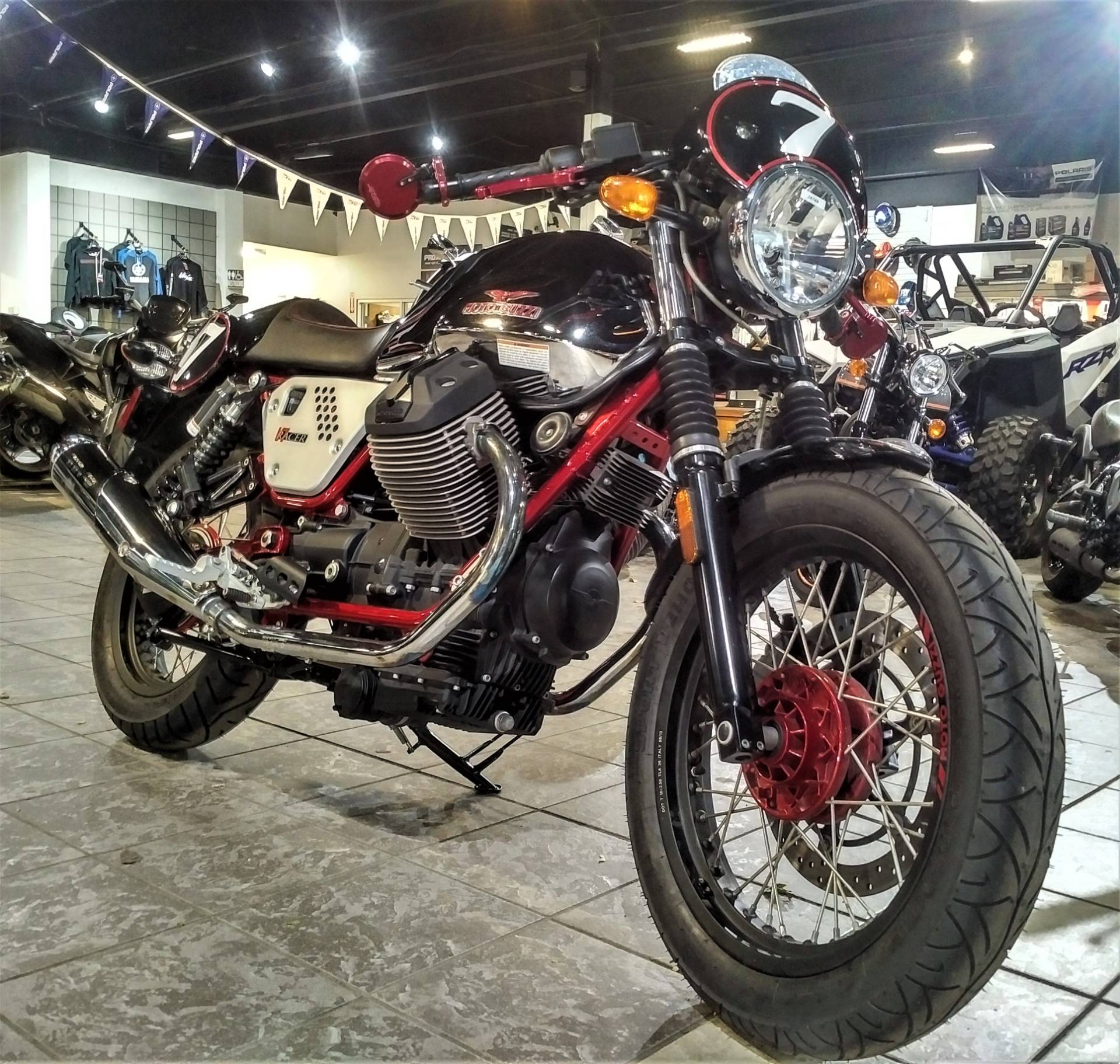 2014 Moto Guzzi V7 Racer in Salinas, California - Photo 5