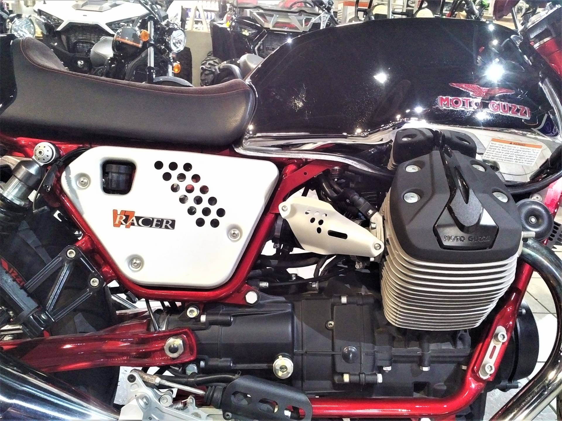 2014 Moto Guzzi V7 Racer in Salinas, California - Photo 13