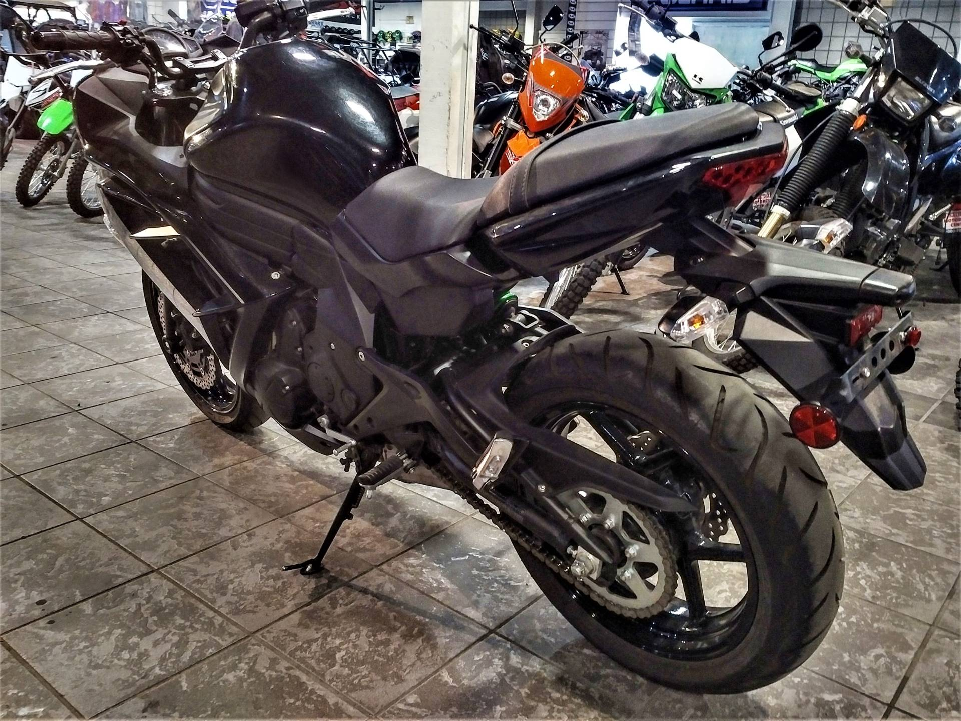 2015 Kawasaki Ninja® 650 in Salinas, California - Photo 7