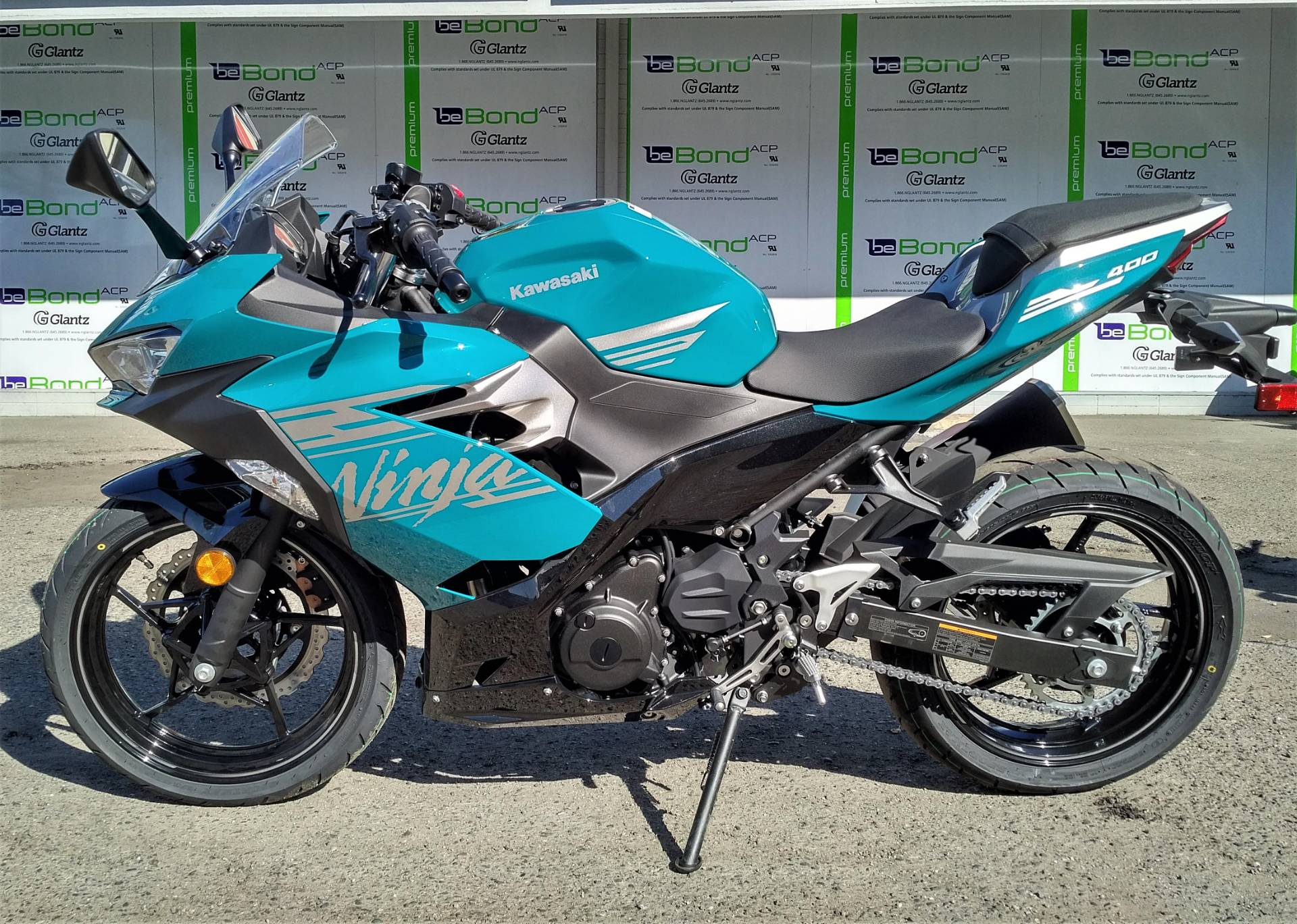 2021 Kawasaki NINJA 400 in Salinas, California - Photo 3