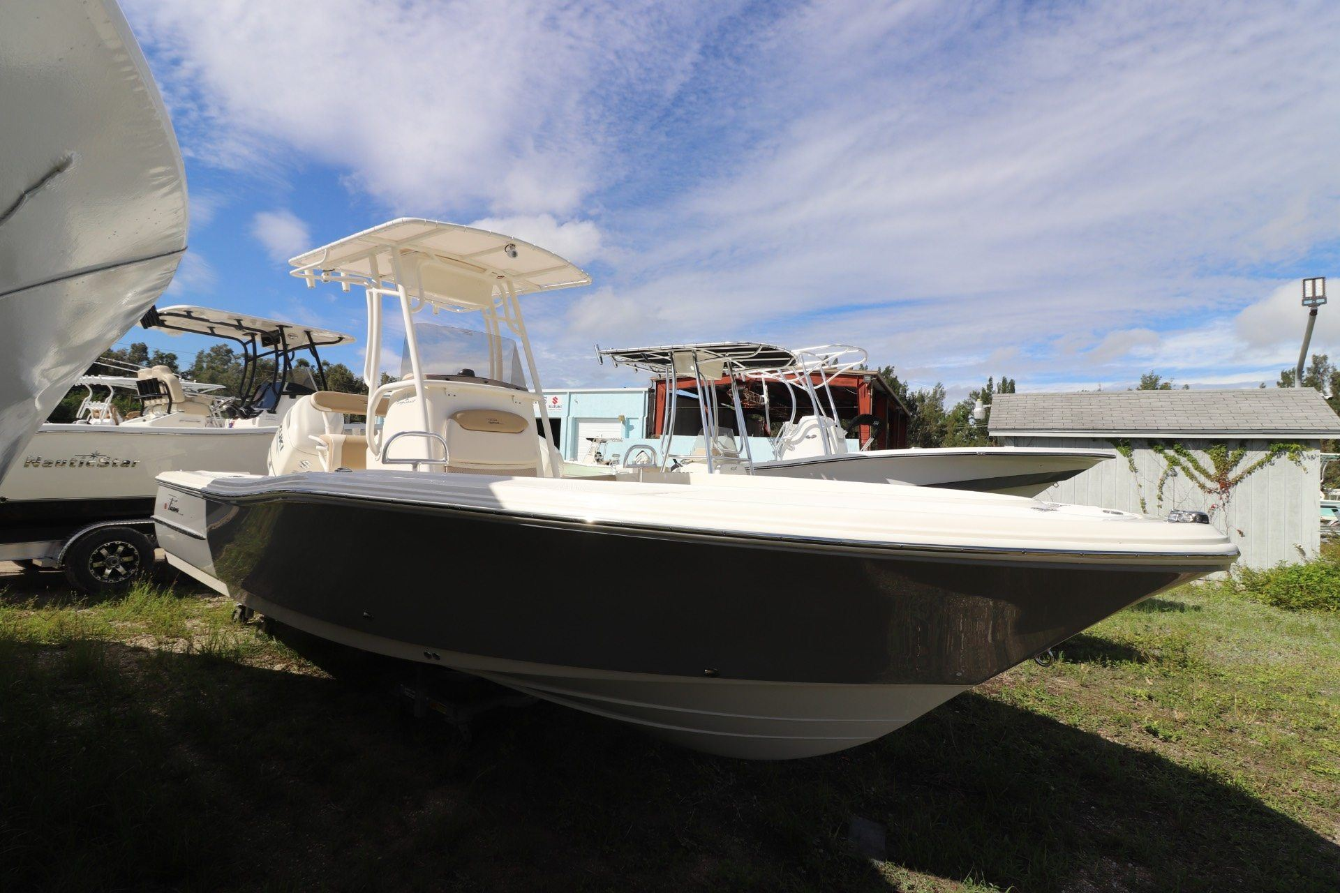 2018 Pioneer 220 Bay Sport in Stuart, Florida