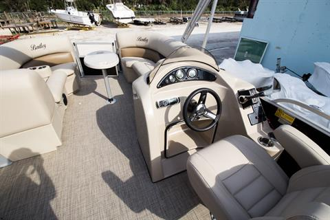 2017 Encore Boat Builders LLC Bentley 223 CRRE in Stuart, Florida