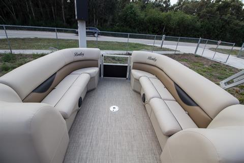 2017 Encore Boat Builders LLC Bentley 240 CRRE in Stuart, Florida