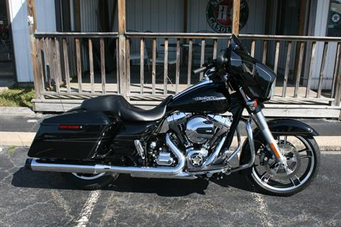 2016 Harley-Davidson FLHX in Greenbrier, Arkansas
