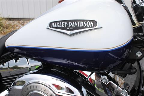 2007 Harley-Davidson FLHRCI ROAD KING CLASSIC in Greenbrier, Arkansas - Photo 11