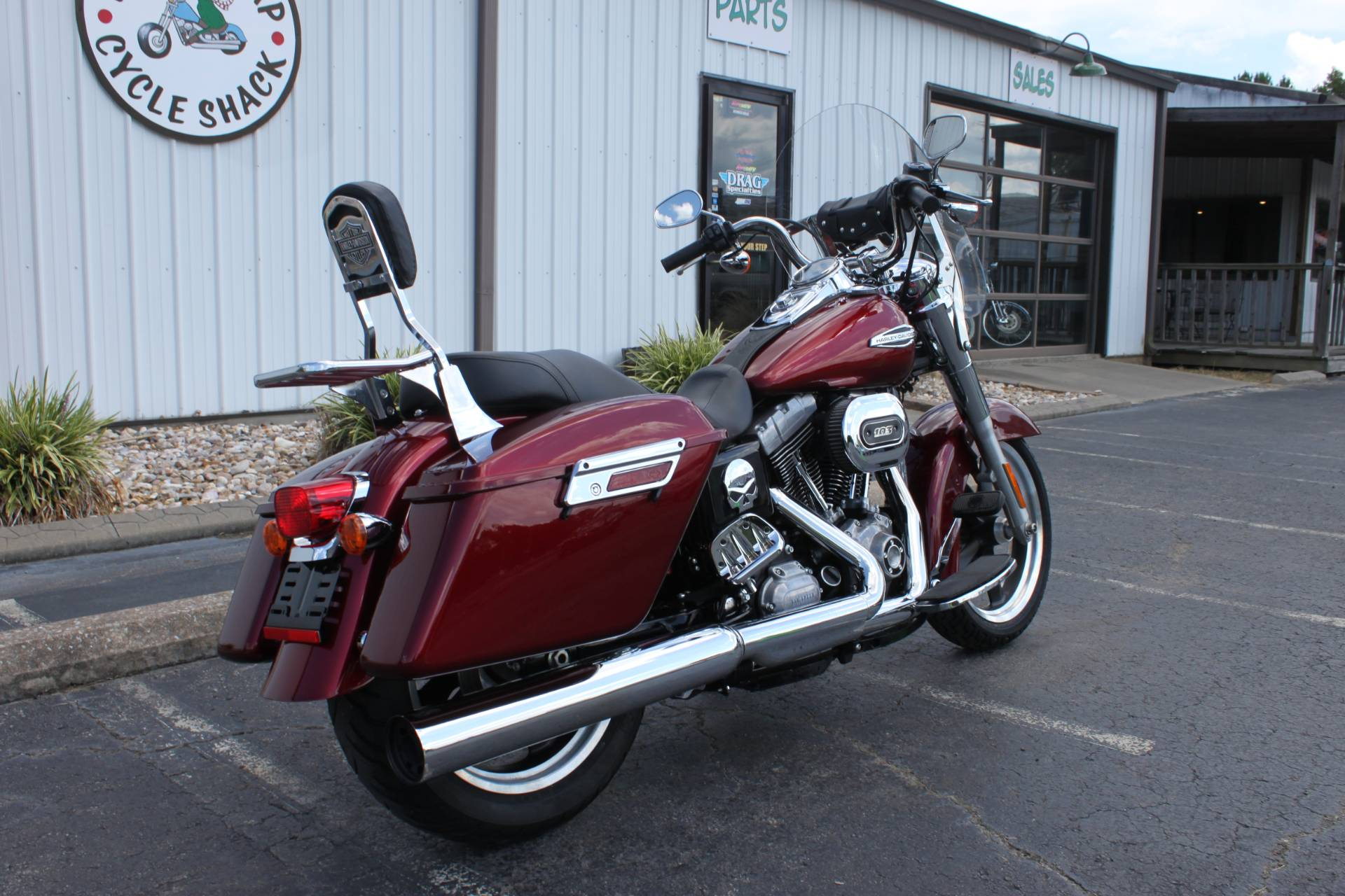 2016 Harley-Davidson FLD SWITCHBACK in Greenbrier, Arkansas - Photo 11