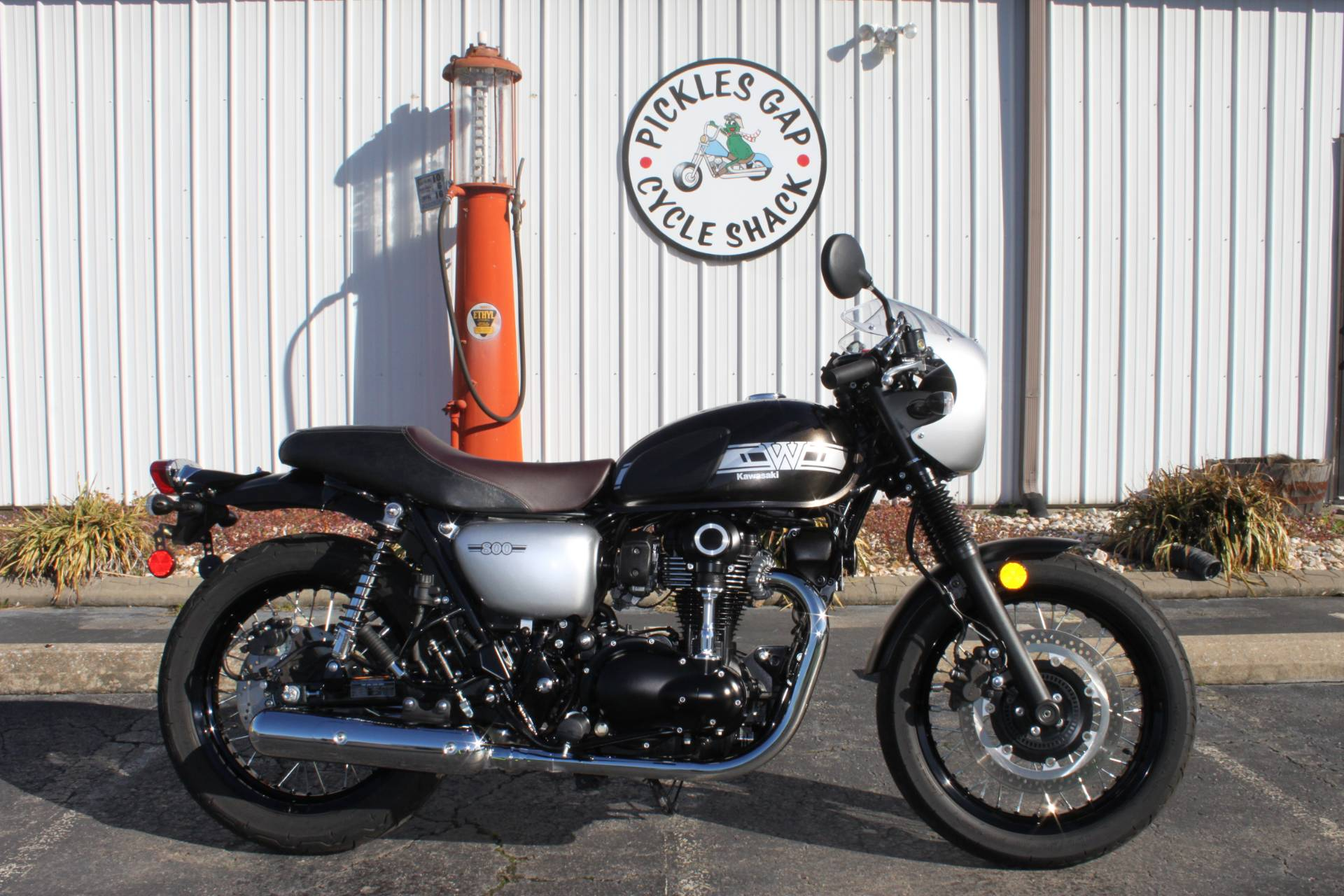 2019 Kawasaki W800 CAFE in Greenbrier, Arkansas - Photo 1