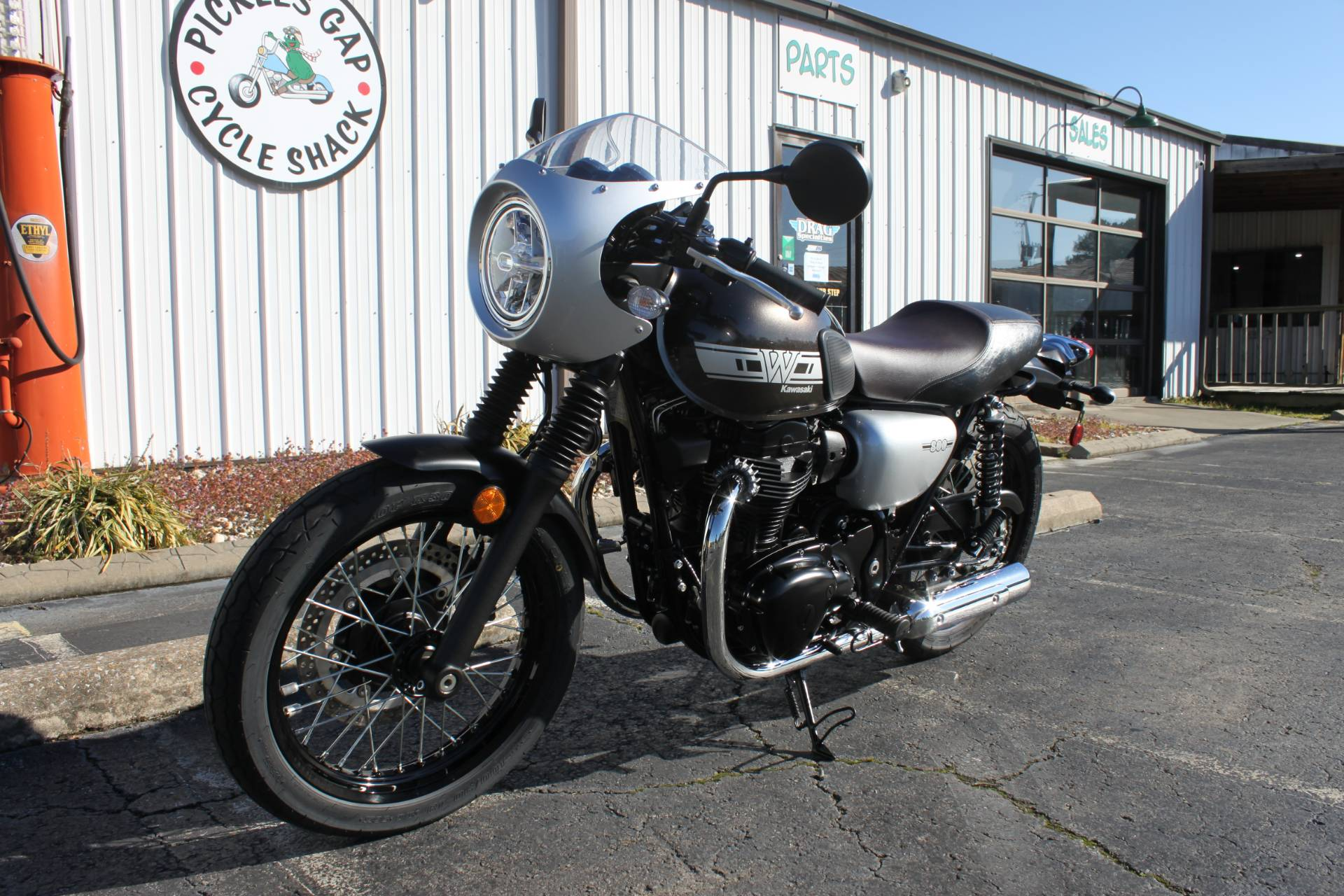2019 Kawasaki W800 CAFE in Greenbrier, Arkansas - Photo 10