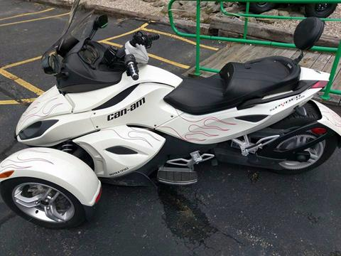 2012 Can-Am Spyder® RS SE5 in Phillipston, Massachusetts