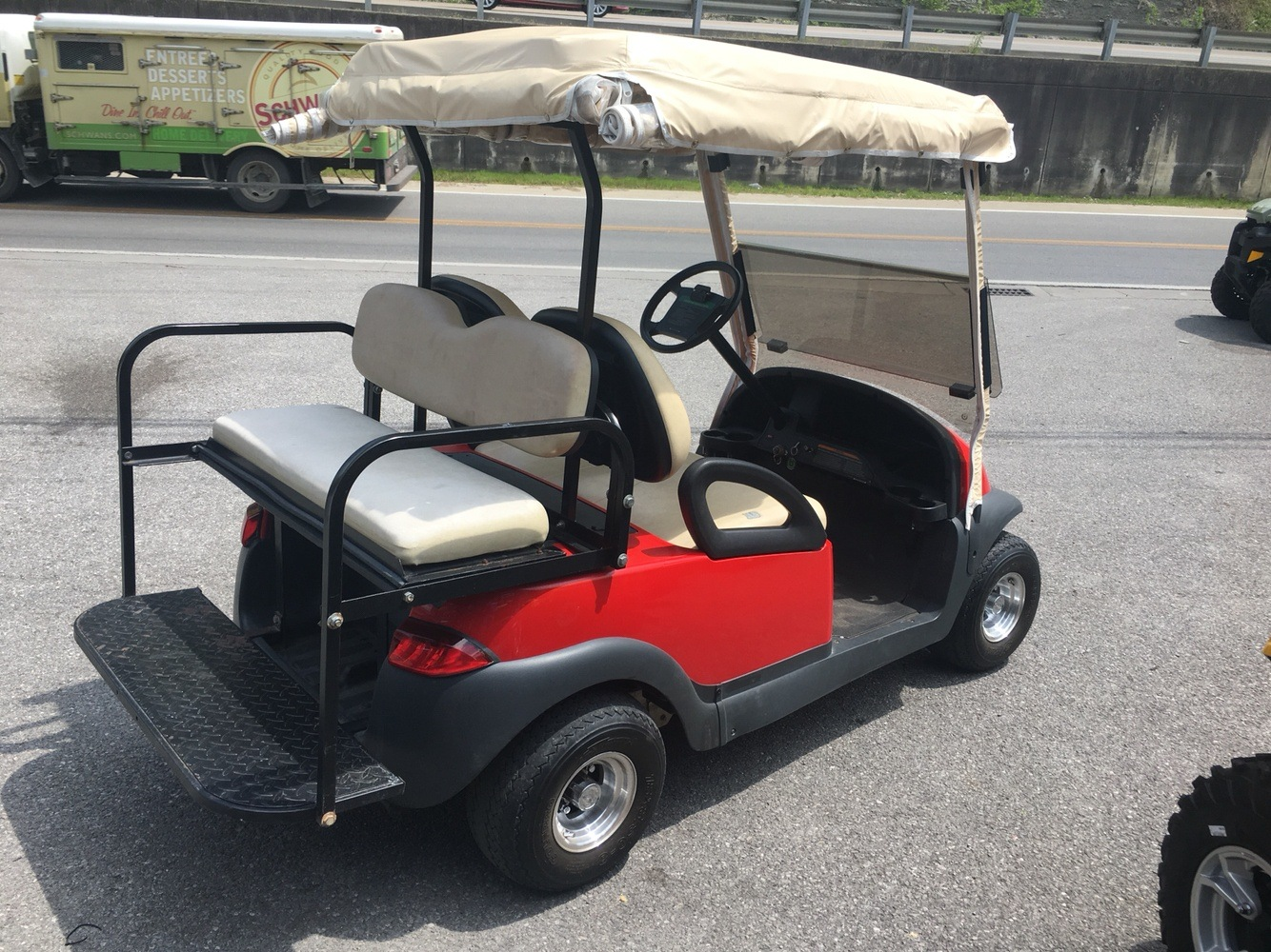 2004 Club Car PRECEDENT  in Pikeville, Kentucky